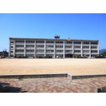 上之島小学校