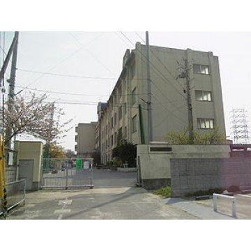 亀井中学校